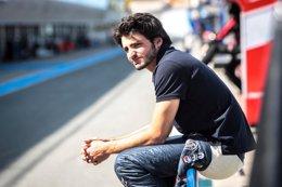 Foto: Toro Rosso confirma a Carlos Sainz para 2015 (GEPA/ DUTCH PHOTO AGENCY)