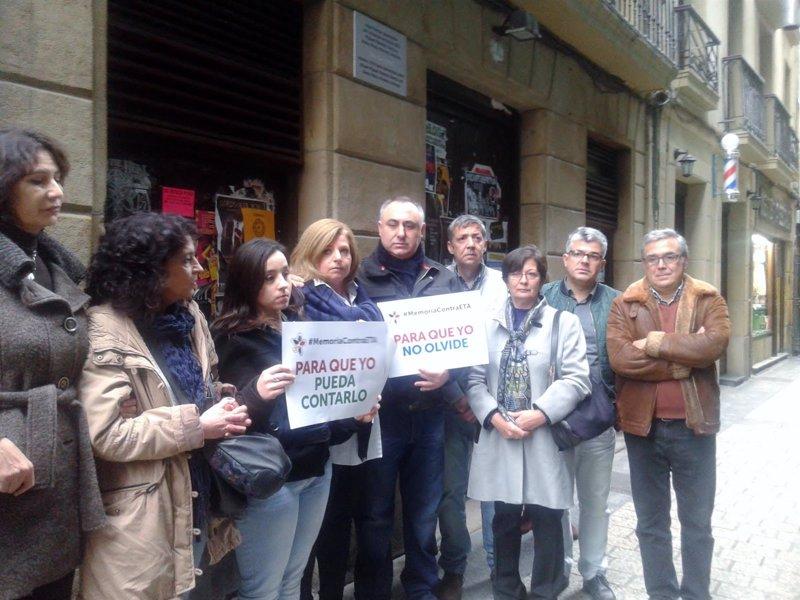 Covite coloca en Errenteria una placa por una víctima del GAL y ... - Europa Press