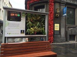 Foto: El Cabildo instala un panel medioambiental en Triana (EUROPA PRESS)