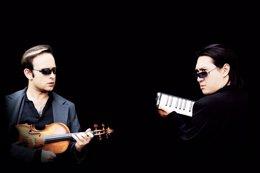 """Foto: Igudesman & Joo bikoteak """"Eta orain Mozart"""" taularatuko du igandean Bilboko Arriagan (ARRIAGA ANTZOKIA)"""