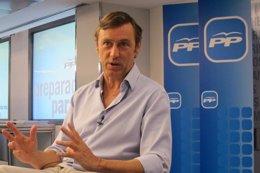 Foto: El portavoz del PP y su adjunto, condenados a pagar 20.000 euros a UPyD por dañar su honor (EUROPA PRESS)