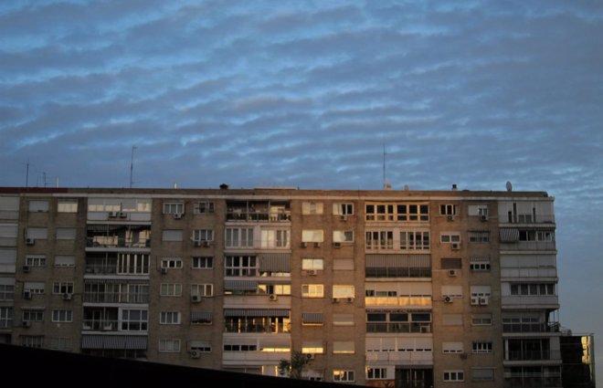 Foto: Industria congela los peajes de luz en 2015 (EUROPA PRESS)