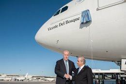 Foto: Air Europa bautiza uno de sus aviones con el nombre de Vicente del Bosque (AIR EUROPA)
