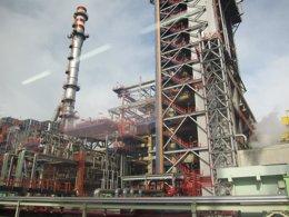Foto: Petronor inicia la parada de la Unidad de Platformado P2 (EUROPA PRESS)