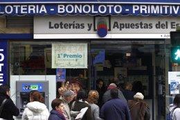 Foto: Cada canario gastará este año 37,9 euros de media en el Sorteo de Navidad (EUROPA PRESS)