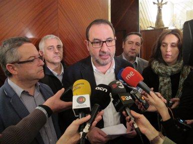 """Foto: 9N.- UDC creu que Junqueras defuig la proposta de Mas amb una """"maniobra de distracció"""" (UDC)"""