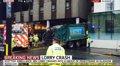 Foto: Seis muertos al arrollalos un camión de basoria nel centru de Glasgow (SKY NEWS/EP)