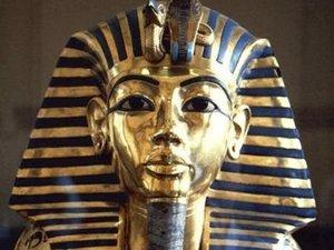 Foto: El pegamento de Tuntakamón como la restauración del Ecce Homo de Cecilia (MUSEO DE EL CAIRO)