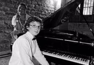 Foto: El pianista de 14 años Noel Redolar, esta semana en Santander (FUNDACIÓN SANTANDER CREATIVA)