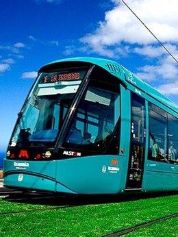 Foto: Más de 100 millones de pasajeros utilizan el Tranvía de Tenerife (CEDIDA)