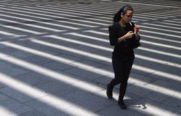Foto: Las muertes por cáncer de pulmón superarán a las de cáncer de  mama entre las mujeres (JONATHAN ALCORN / REUTERS)
