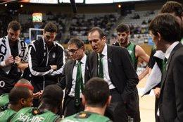 Foto: Salva Maldonado, nombrado mejor entrenador de enero (REUTERS)