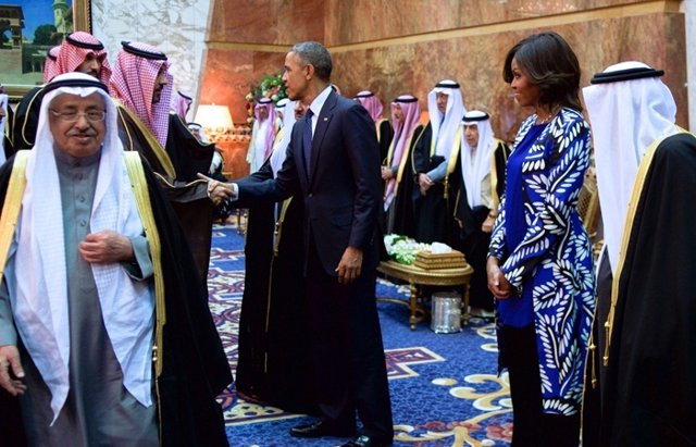 Foto: Michelle Obama dice NO al velo islámico (CORDON PRESS)