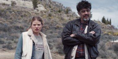 Foto: Tráiler de Un día perfecto, con Benicio del Toro y Tim Robbins (UNIVERSAL)