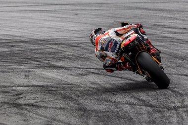 Foto: Márquez se marcha de nuevo como el más rápido en Sepang (JAIME OLIVARES)