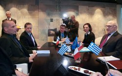Foto: Varoufakis descarta acomiadaments de funcionaris, retallades de pensions i de salaris (POOL NEW / REUTERS)
