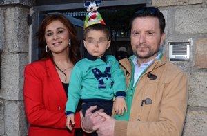 Foto: Ortega Cano y su familia, celebración sorpresa en un autobús, Teatrobus (EUROPA PRESS)