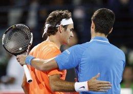 Foto: Federer tumba a Djokovic por su séptimo título en Dubai (REUTERS)