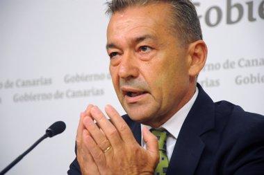 """Foto: Rivero denuncia la """"inacción"""" del Gobierno ante el incremento de los precios de los billetes aéreos (CEDIDA)"""