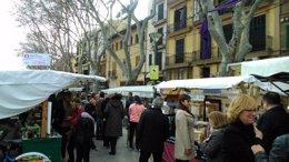 Foto: Los comerciantes del Born critican el aspecto del mercadillo de la Diada (EUROPA PRESS)