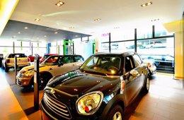 Foto: Las ventas de coches en Cantabria se disparan un 32% (MINI)