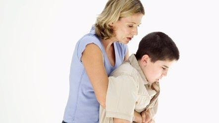 Foto: ¿Qué hago si mi hijo se atraganta? (STOCKBYTE)