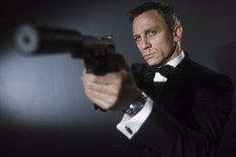Foto: James Bond visitará el Fernán Gómez (SONY)