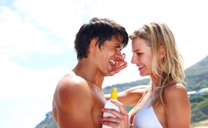 Foto: El gran secreto: las cremas de las mujeres, también para los hombres (CORDON PRESS)