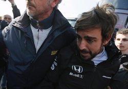Foto: McLaren confirma que Alonso no correrà al GP d'Austràlia (ALBERT GEA / REUTERS)