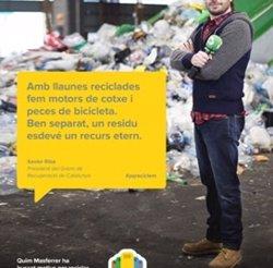 Foto: Quim Masferrer protagonitza una nova campanya de reciclatge dirigida a ciutadans escèptics (GENCAT)