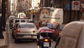 Foto: La contaminación del tráfico perjudica el desarrollo cognitivo del niño (EUROPA PRESS)