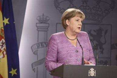 """Foto: UE.- Merkel demana concentrar-se en la pròrroga de l'actual rescat i Juncker veu """"prematur"""" discutir-ne un tercer (EUROPA PRESS)"""
