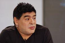 Foto: Maradona rejoveneix passant per quiròfan (JORGE SILVA / REUTERS)