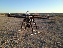 Foto: Una empresa desenvolupa 'drones' amb càmeres tèrmiques per localitzar desapareguts (ZERINTIA)
