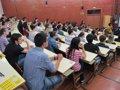 LOS CHICOS SON PEORES ESTUDIANTES QUE LAS CHICAS PERO CREEN MAS EN SI MISMOS