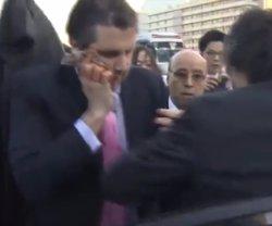 Foto: Corea/EUA.- Sol·licitada una ordre d'arrest per intent d'assassinat contra l'home que va agredir l'ambaixador dels EUA (YOUTUBE)