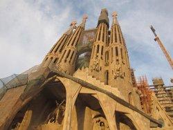 Foto: Les cues per entrar a la Sagrada Família es faran dins del recinte des de l'estiu (EUROPA PRESS)