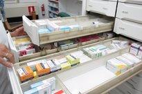 Foto: El Gobierno penalizará a las CCAA si su gasto en fármacos crece más que el PIB (EUROPA PRESS)