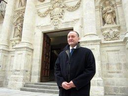 Foto: Culmina la restauración de la fachada histórica (EUROPA PRESS)