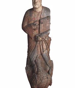 Foto: El MNAC exposa la talla romànica de Sant Joan Evangelista 'Jo, Joan' (JORDI CALVERAS/VINSEUM)