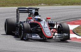 Foto: Alonso empieza decimosexto y Hamilton domina (REUTERS)