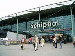 Foto: P.Baixos.- L'Aeroport de Schiphol cancel·la tots els vols per una apagada (CEDIDA)