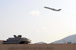 Foto: Más plazas y vuelos en el aeropuerto de Málaga en la temporada de verano (EUROPA PRESS)
