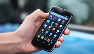 Usuario con smartphone