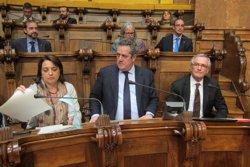 Foto: Trias defensa la col·laboració amb el Govern davant d'una oposició que l'acusa de