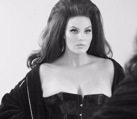 Foto: Candice Huffine: las curvas seducen abril en el calendario Pirelli (CALENDARIO PIRELLI)