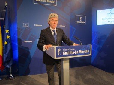 Foto: C-LM cumplirá lo que el Gobierno proponga en atención a inmigrantes (EUROPA PRESS)