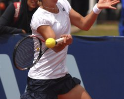 Foto: Tenis/Miami.- Carla Suárez es fa gran davant Venus Williams i es cola a semifinals (LUIS RAMIREZ/CON)