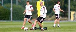 Foto: Futbol.- Pepe pateix una lesió muscular a la cuixa dreta (REAL MADRID)