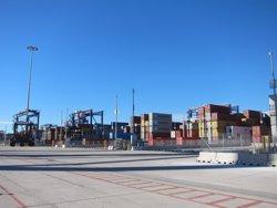 Foto: El trànsit de mercaderies del Port de Barcelona baixa un 3,6% el primer trimestre (EUROPA PRESS)